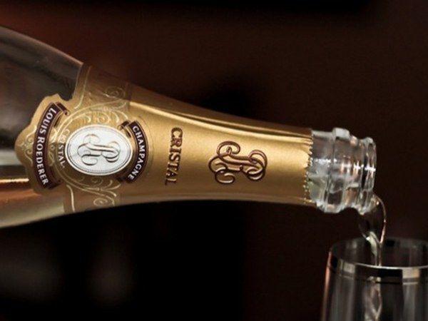 Як виробляють шампанське кристал