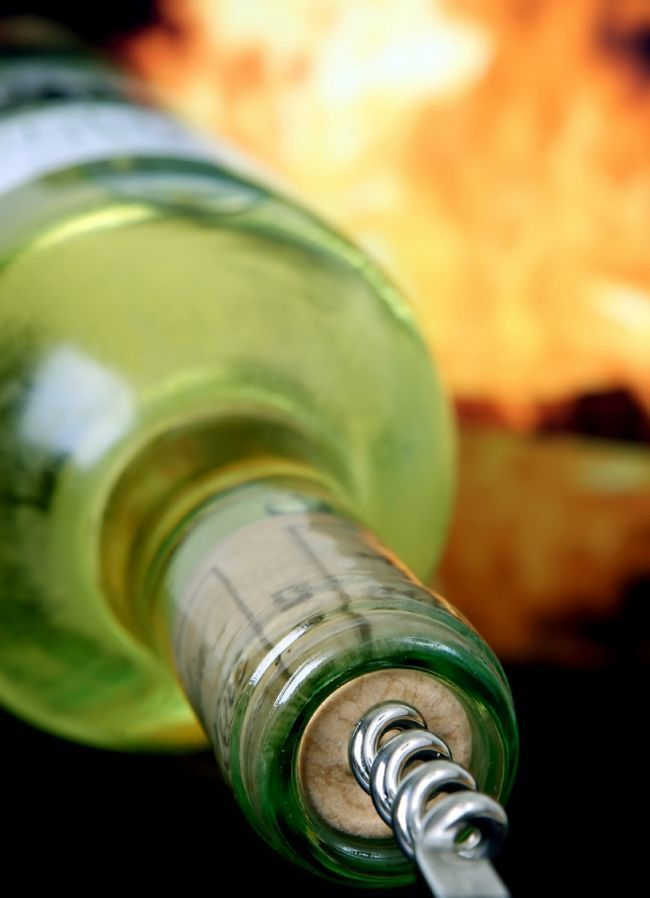 Як зробити глінтвейн з білого вина і вишень