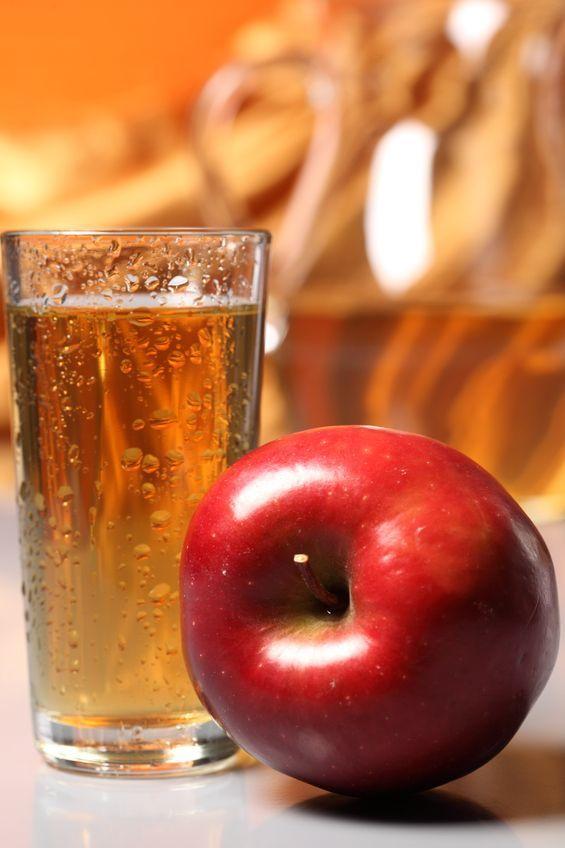 Як зробити яблучне вино