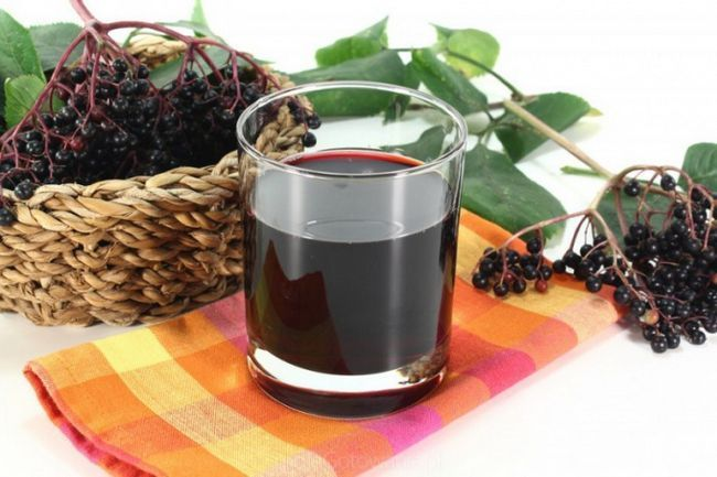 Рецепт приготування домашнього вина з чорноплідної горобини